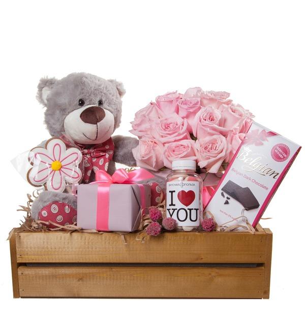 Подарочное кашпо с букетом Любовь сильнее всего! – фото № 4