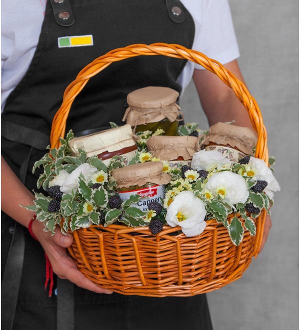 Подарочная корзина Овощное ассорти – фото № 1