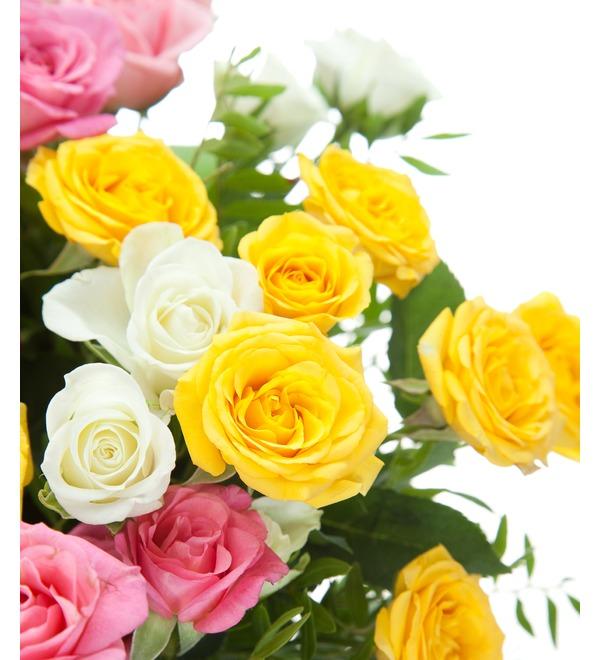 Букет из 15 кустовых роз Пушинка – фото № 4