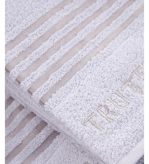 Комплект из 5 полотенец TRUSSARDI – фото № 2