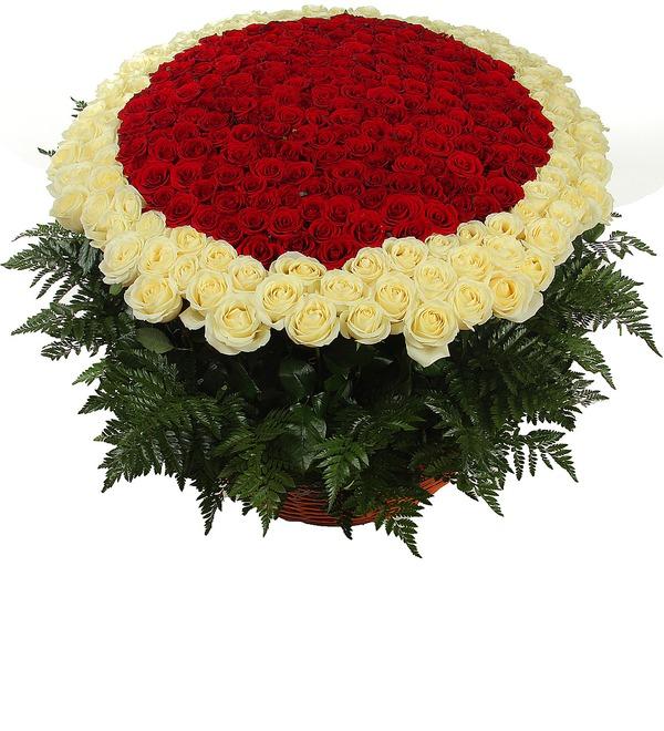 Композиция Море цветов (301 роза) – фото № 1