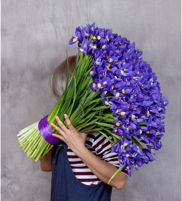Bouquet-solo Blue irises (51,75,101 or 151) – photo #1